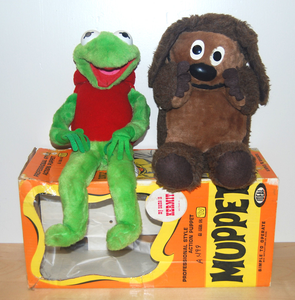 Kermit and Rowlf puppets from Ideal Toy Corp