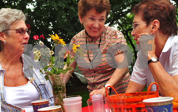 L-R Janis Auwarter, Lyngrook, Vicky Marchese, First Vice President MH Society,  and Vicki Brandoff, Malverne.  Malverne Historical Society, Old Time Barbeque, August 9th, 2009. Photo by Kathy Leistner