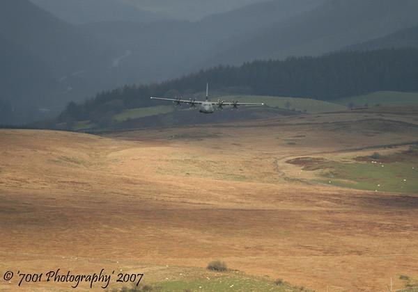 ZH877/'877' C-130J-30 C.4 - 22nd November 2007.