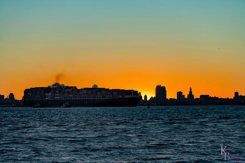 DSC_6105 dawn on NY Bay