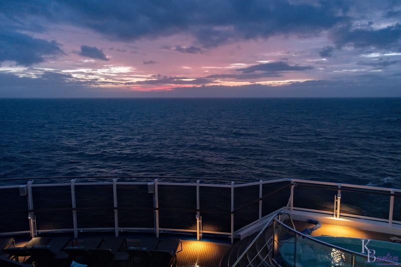 DSC_6640 dawn on the high seas