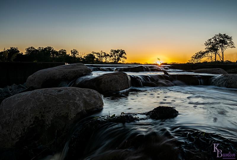 DSC_7316 sunrise at Wolfe's pond