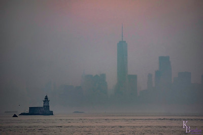Robbins Reef Lighthouse & a foggy dawn on the bay