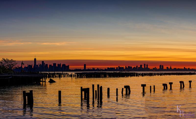 DSC_4556 dawn on NY Bay