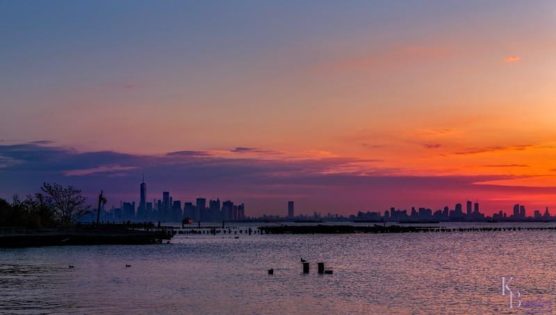 DSC_4442 sunrise over NY bay pano