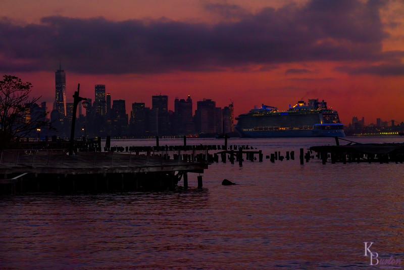 DSC_8731 Anthem of the Seas returns at dawn