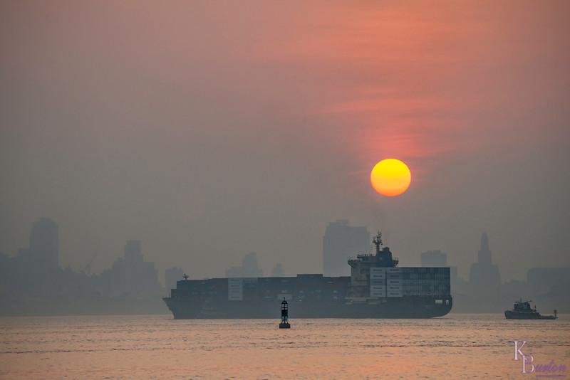 DSC_5660 sunrise on NY Bay