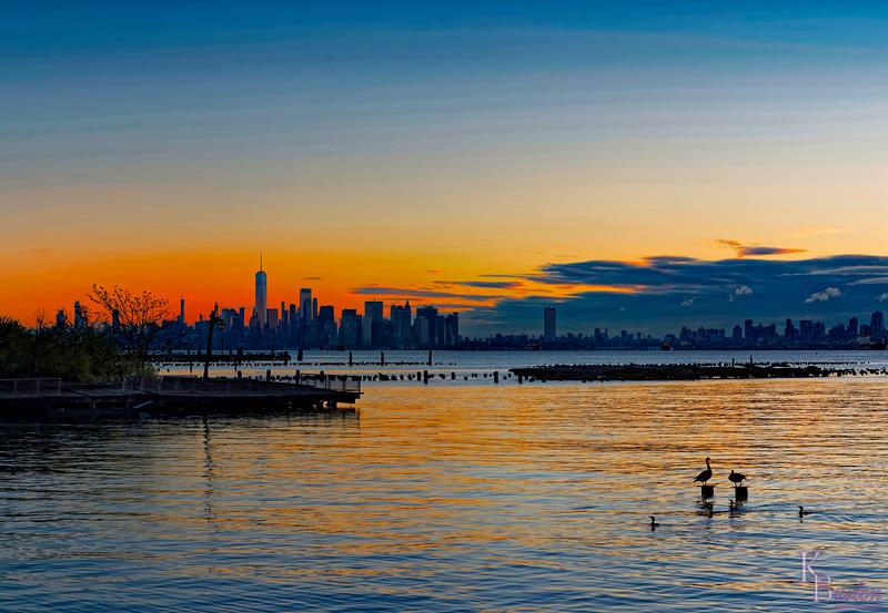 DSC_4350 Sunrise over NY bay Panorama