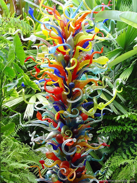 Chihuly at Fairchild - Fairchild Tropical Botanic Garden - Coral Gables - End of the Day Tower in the Windows to the Tropics Conservatory (April 14, 2006)