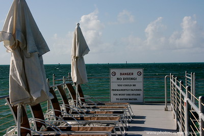 The pier in front of the Southernmost Hotel, which sits next to the Dewey House and La Mer - Key West (June 5, 2008)