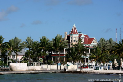 The Southernmost House from the pier in front of the Southernmost Hotel - Key West (June 5, 2008)