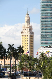 Freedom Tower [left] and  Marinablue [skyscraper to the right] - Dowtown Miami