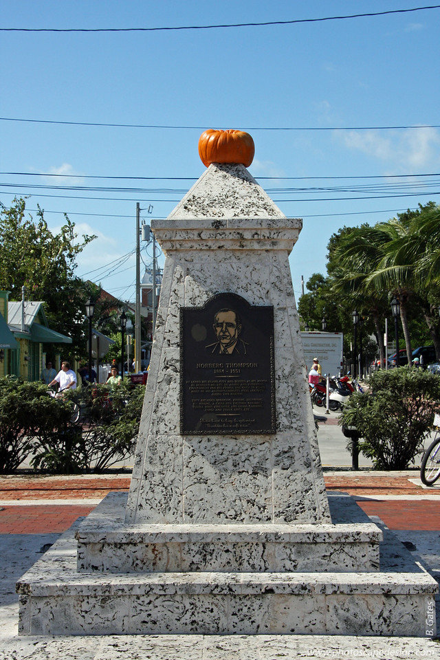 "Memorial to Norberg Thompson  This is a granite memorial to Norberg Thompson (1884-1951) who was the mayor of Key West from 1915-1917.  There is a compass rose surrounding the memorial.   The plague reads:    He loved his island city and served as its mayor. He devoted his life to adding and providing employment for its people. For over 50 years. Most of his accomplishments were located along this harbor.  They included sponging, fishing, shrimping, ice making, a cigar box factory, gourmet turtle soup, pineapple and guava canning, barge and truck lines, etc.  Never heard to brag, he epitomized. ""Greatness has a soft voice"" [D]"