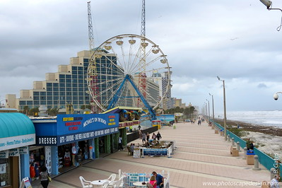 "Daytona Beach Boardwalk  The world-famous Daytona Beach Boardwalk boasts thrill rides, go-carts, video arcades, skill games, delicious food, souvenir shops and a ""Salute to Speed"" exhibit."