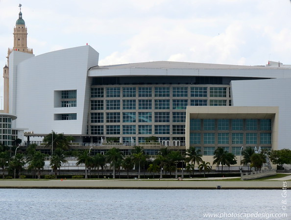 American Airlines Arena  The American Airlines Arena construction began in 1998 as a replacement for the Miami Arena and was designed by the architecture firms Arquitectonica and 360 Architecture.  It opened on December 31, 1999. It was inaugurated with a concert by Gloria Estefan, two days later, on January 2, 2000.   The Arena is home to the Miami Heat of the National Basketball Association. In the early 2000s, the Women's National Basketball Association team Miami Sol played at the arena from the team's birth in 2000 until the team's folding in 2002.