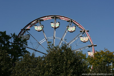 Ferris Wheel - Seattle Center (Sept. 7, 2007)