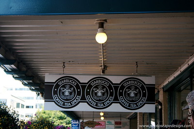 The First Starbucks - Pike Place Market - Seattle (Sept. 9, 2007)