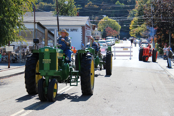 2013,  Tractor Show