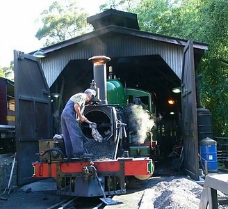 Puffing Billy - Engine Cleaning