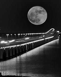 TAC_7255 Super Moon