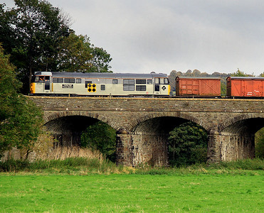 31130 heads for Bitton with the goods.  21/10/12.