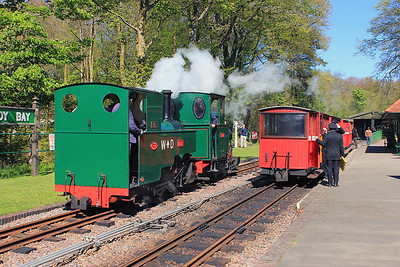 The 'WD' and 'Sid' moving from the shed area to couple onto the stock on the right.  13/05/12.