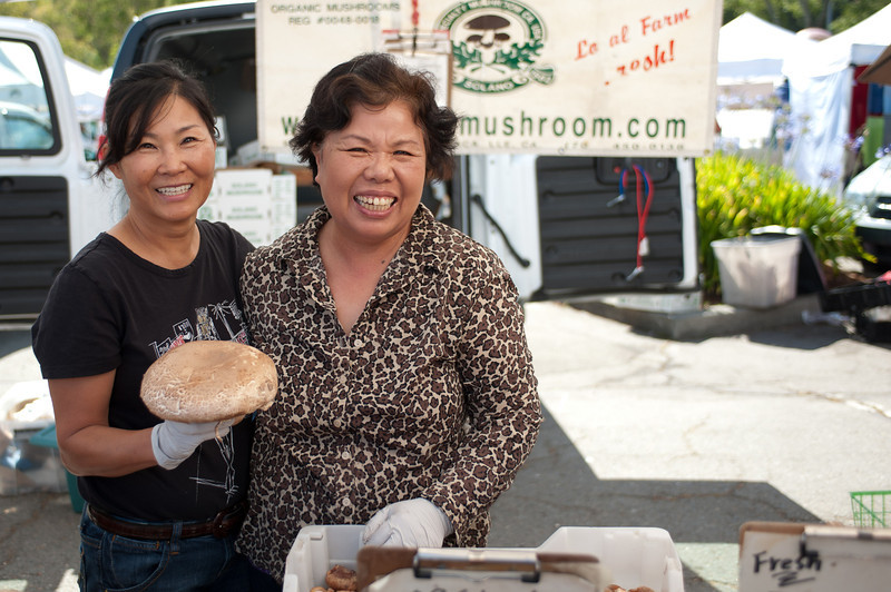 """_______ and Sunny Shin of Solano Mushroom Farms in Vacaville, Suisun and Mendocino.<br /> <br /> <a href=""""http://www.ecologycenter.org/bfm/vendors/farm-facts.php?vendor=Solano%20Mushroom&id=10135"""">http://www.ecologycenter.org/bfm/vendors/farm-facts.php?vendor=Solano%20Mushroom&id=10135</a><br /> <br /> <a href=""""http://www.strauscom.com/farmfresh/cfmushrooms.html"""">http://www.strauscom.com/farmfresh/cfmushrooms.html</a>"""