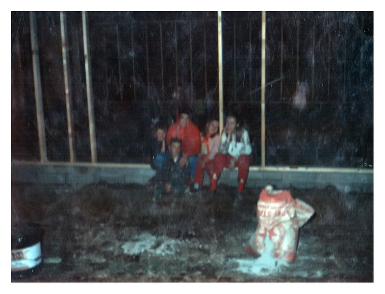 Fannie Kathy Vicky Jesse Darla build site in BC