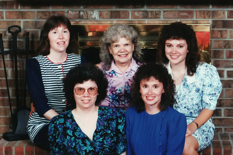 Kathy, Fannie, Lisa, Vicky and Darla