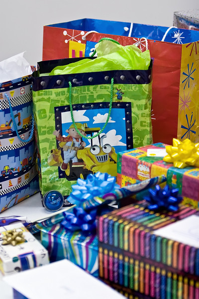 Presents_2