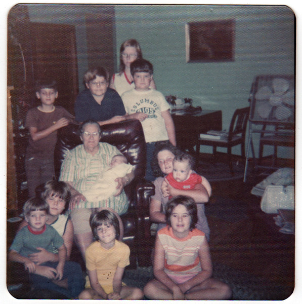 Pearl Myers and great grandkids abt 1973