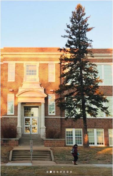Subbing 2.0 Belmont - SPED / #kindnesstags #goodmorningschool #lookuphere #colorsofthegym #nofilterneeded #hoopcomedy #wallart<br /> Belmont Elementary School