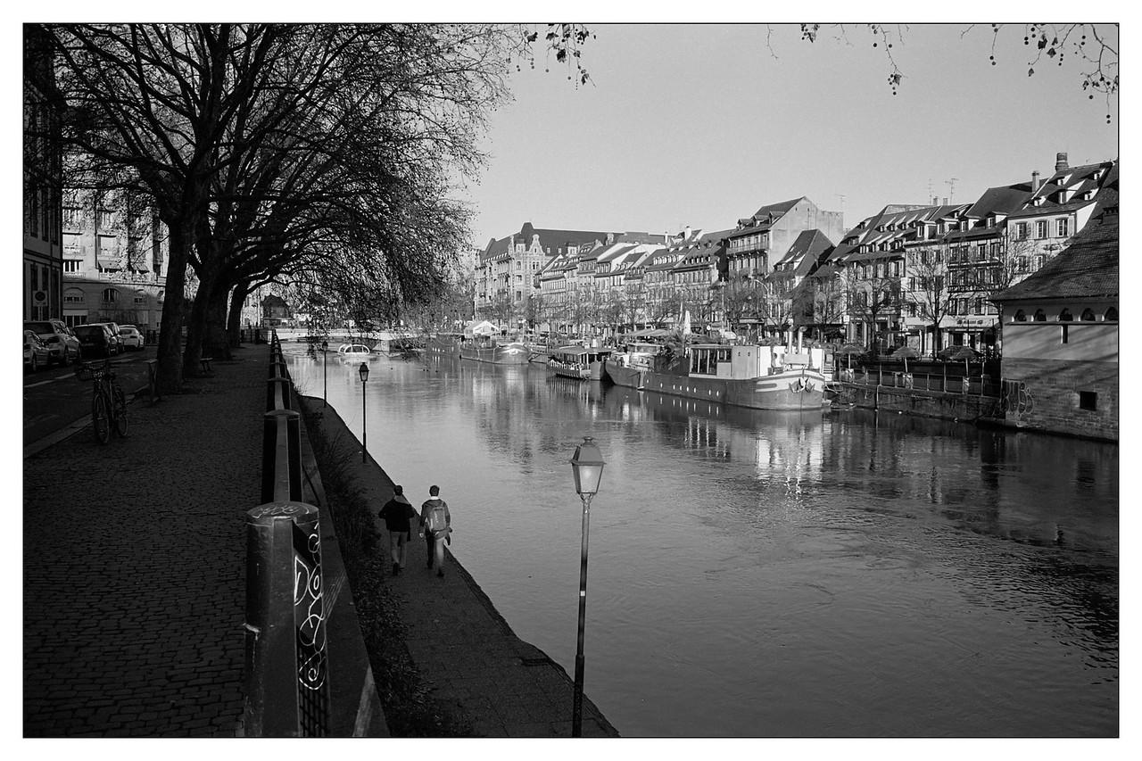 Strasbourg, le quai des Pêcheurs et le quai Saint-Etienne