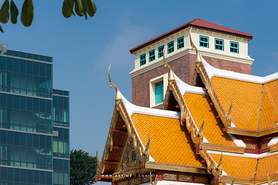 The monument of King Chulalongkorn and Prince Siriraj Kakudhabhandha, Siriraj Piyamaharajkarun Hospital