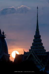 Sunset at Chakkri Maha Prasat Throne Hall, Grand Palace