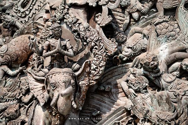 High Relief Sculpture, Phra Maha Mondop, Wat Traimit