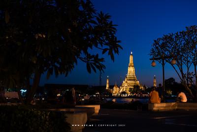 Wat Arun view from Nakarapirom Park