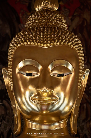 Buddha Statue, Phra Ubosot, Wat Saket