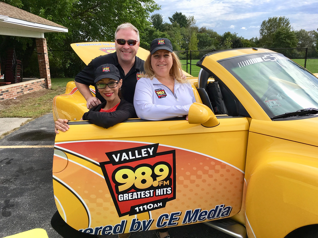 . The folks from Valley 98.9 FM