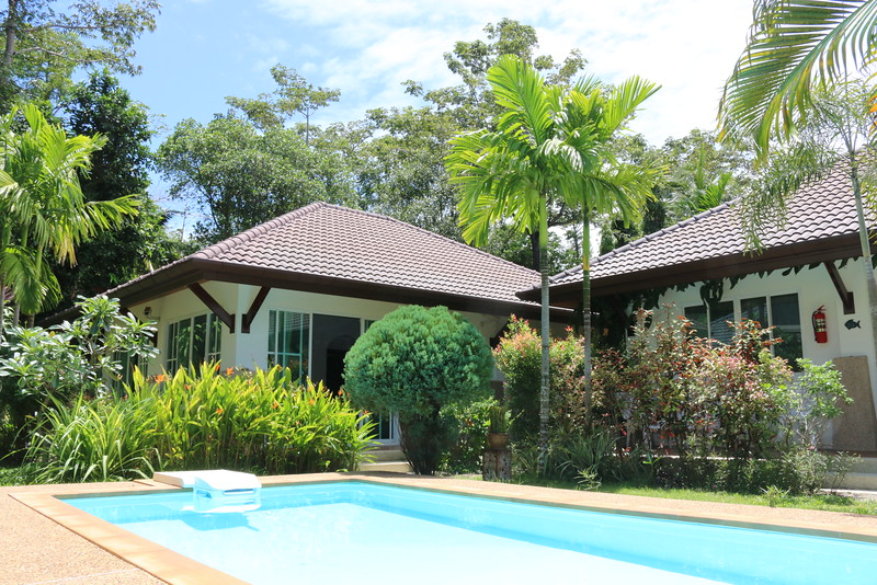 Hidden Cottage Villa  Pool