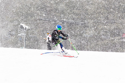 John Fiore Bib No. 122 (BKST) in the DCWST Taylor Made Vacation & Sales SL Race U8-U19 at Seven Springs