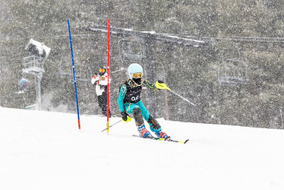 Jaclyn Yoder Bib No. 96 (DCWST) in the DCWST Taylor Made Vacation & Sales SL Race U8-U19 at Seven Springs