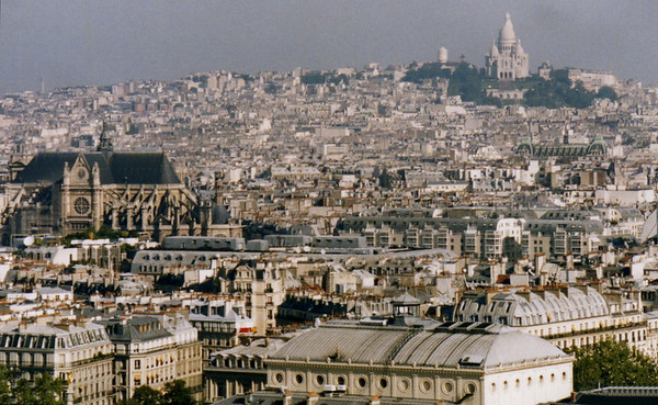 Notre Dame (middle left) and Sacre Coeur (top)