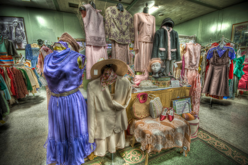So Very Vintage Clothing<br /> New Bedford Antiques Center & Museum<br /> May 8th, 2010