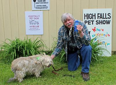 Pet Owner Look-Alike: Brooke the dog of Shandaken (human companion Mark McCarroll)