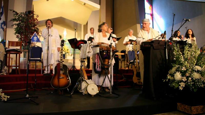 Kedoshim<br /> Rabbi/Cantor Monty Turner