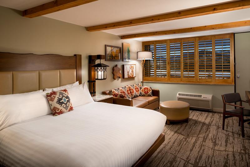 210309 - High Peaks Room 412 - 03789-HDR