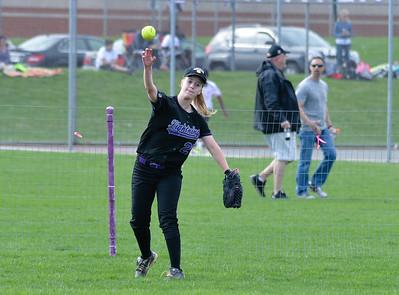 2015-04-16_Howard @ Long Reach Softball043