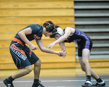 2018 Varsity Wrestling: Oakland Mills @ Long Reach