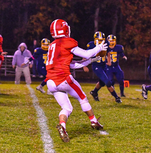 North Middlesex wide receiver Tim O'Neill makes a catch during Friday night's loss to Quabbin. Nashoba Valley Voice/Ed Niser